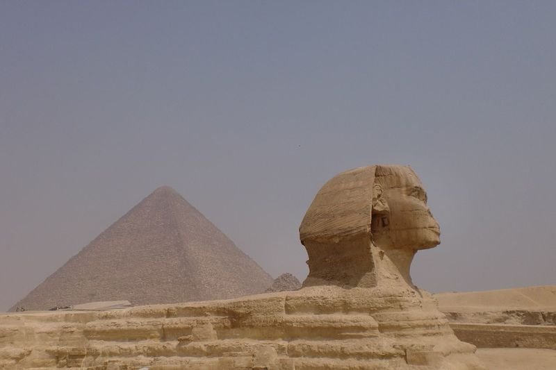 定番だけど押さえておきたい!ピラミッド観光