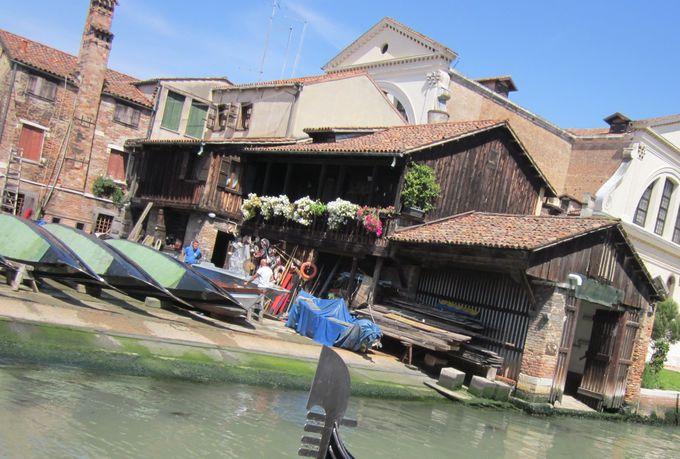 スクエーロで、運河の街ベネチアの人々の生活の歴史を感じる!