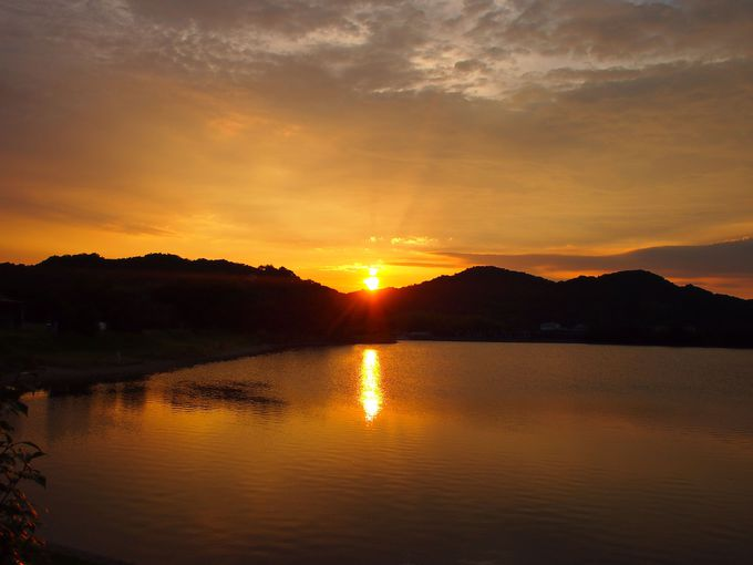 夕暮れ時には夕日をのんびり眺められます