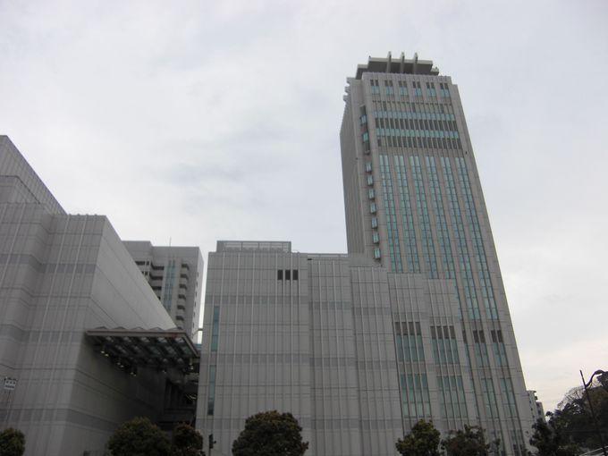 日本最高レベルの舞台設備を持つ本格的オペラハウス。「横須賀芸術劇場」