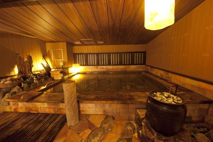 湯治場感覚の大浴場