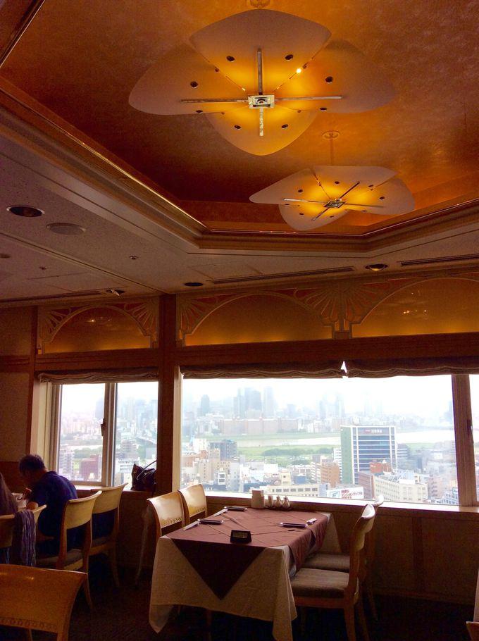大阪を一望できる中国料理「チャイナテーブル」