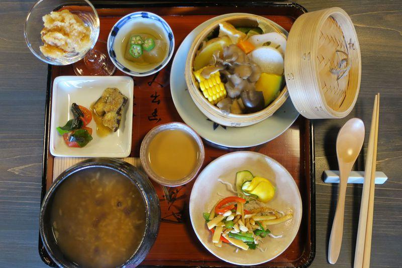 パワスポと美食で厄除け!大阪・観心寺の精進カフェ「KU-RI」