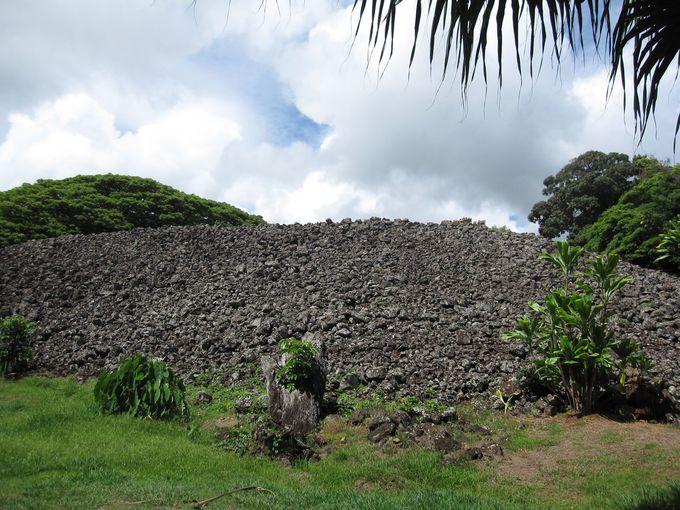 えっ、ここがオアフ島最古の神殿?