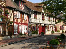 まるでおとぎの世界!フランスの小さく可愛い「ブブロン村」