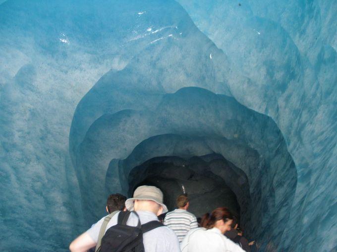 モンタンヴェールの展望台から氷河の中へ!
