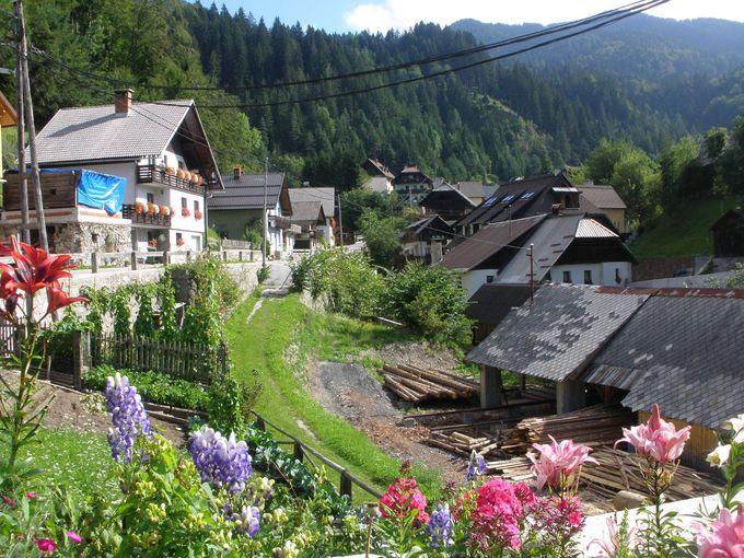 隣村のポドコレンは古い歴史の美しい村!