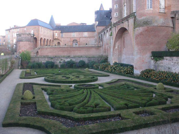 トゥールーズ・ロートレック美術館と庭園