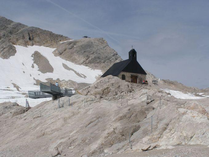 こんな山の上にもあった礼拝堂