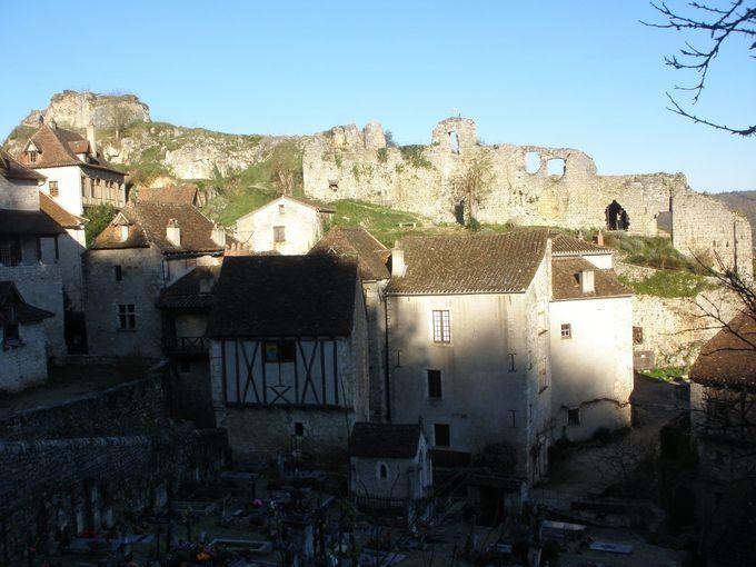 城跡の展望台へ