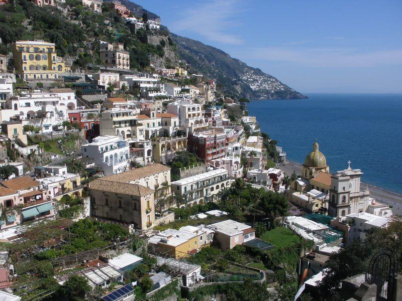 世界で最も美しい海岸線の一つ!南イタリアのアマルフィ海岸