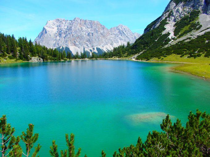 エーアヴァルトから訪れる神秘の湖ゼーベンゼー