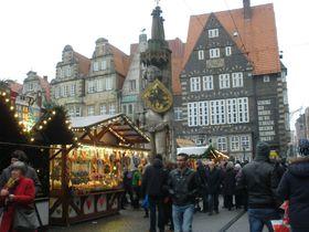独・クリスマスマーケットで賑わうブレーメン!音楽隊が夢見たメルヘン街道の終着点