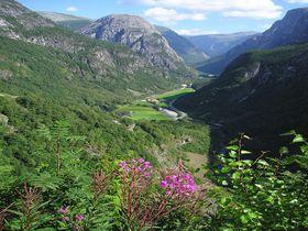 ヨーロッパ本土で最長&最深のソグネフィヨルド!ノルウェーの代表的観光地