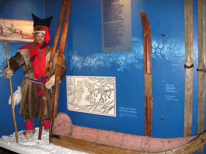 ジャンプ台に併設されているスキー博物館