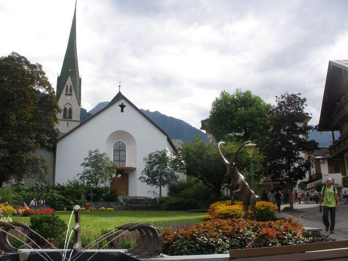リゾート地として観光客の集まるマイヤーホーフェンの町