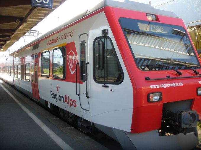 マルティニ駅からセントバーナード・エキスプレスでル・シャーブルへ