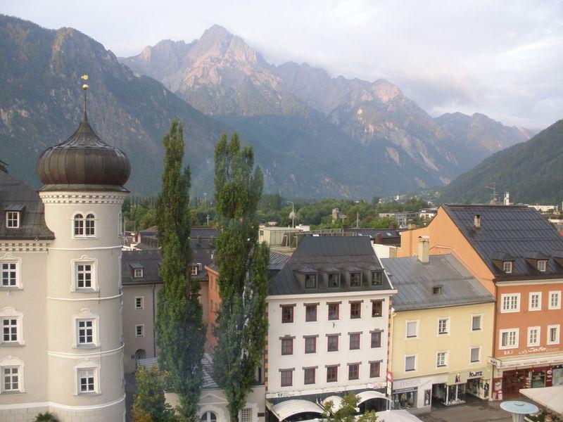 リエンツァードロミテの岩山に囲まれたリエンツ!オーストリアの古都を満喫