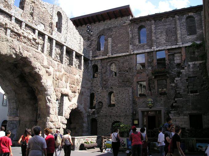 町の入り口プレトリア門
