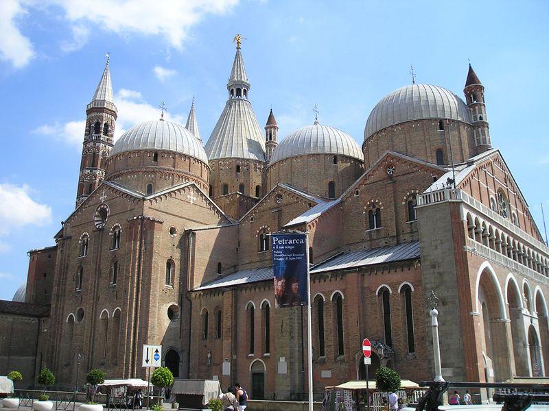 コペルニクスにガリレオ、ダンテ!イタリア「パドヴァ」は著名人縁の大学者の町