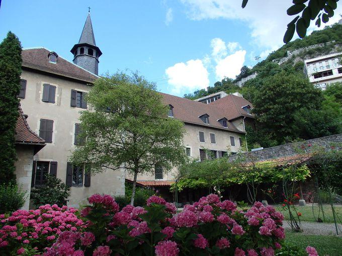 かつての修道院「ドーフィノワ博物館」