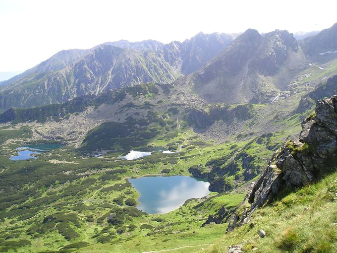 南に広がるスロヴァキアの山並みを眺めながらハイキング