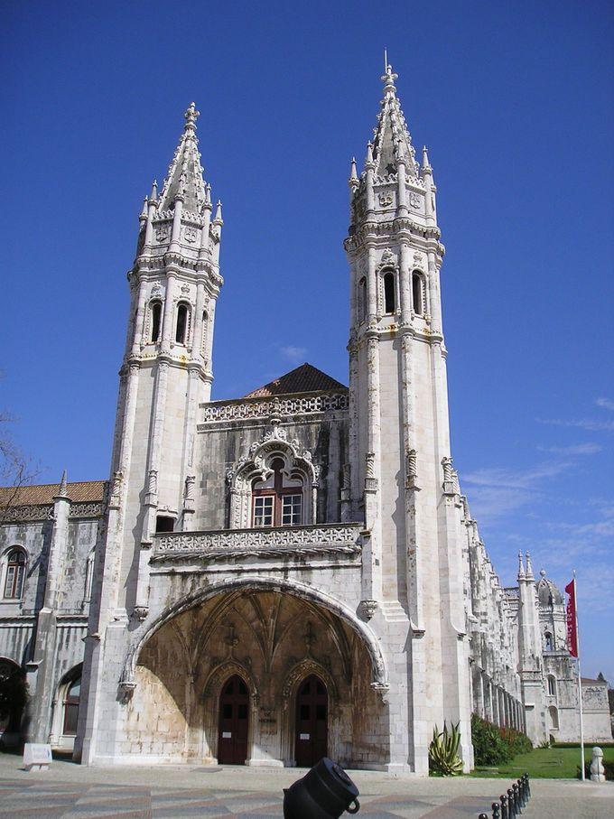ジェロニモス修道院に続く博物館