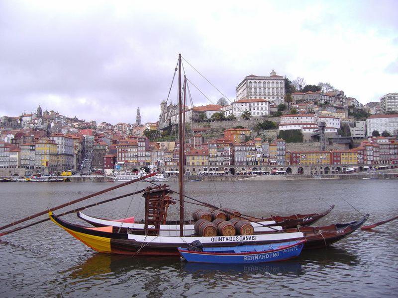 ポルトガル発祥地「ポルト」は世界遺産!ドウロ川沿いに開ける第二の都市
