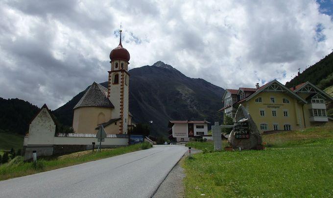鄙びた谷間の村が、今では人気の的に!
