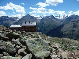 アイスマンが眠っていた?オーストリアのフェント村からチロルの山上ハイキングを楽しもう!