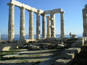 エーゲ海の絶景も一望!ポセイドン神殿がある「スニオン岬」