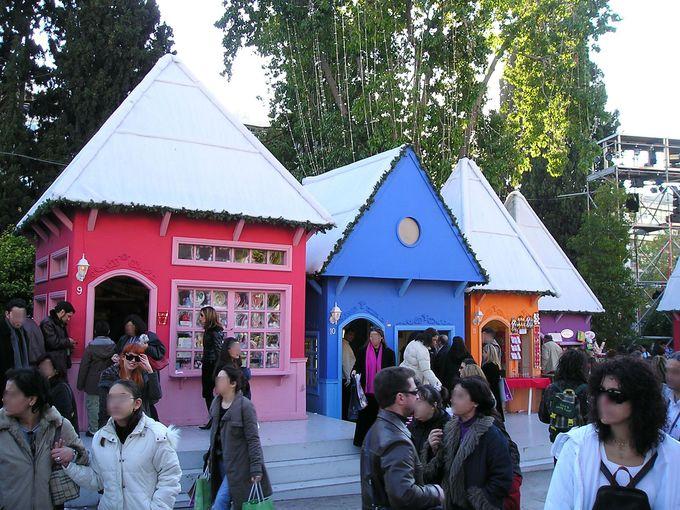 アテネのへそ「シンタグマ広場」年末のクリスマス風景はお伽の国!?