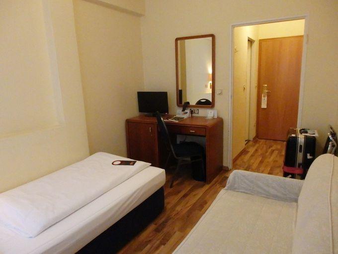駅前ホテルは、シングルルームでもゆったり〜