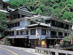 創業386年の老舗宿「箱根 塔の沢 一の湯本館」で歴史を感じてお得な旅を!|神奈川県|トラベルjp<たびねす>