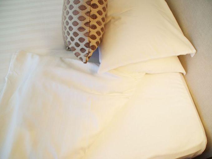 清潔感あるベッド周り