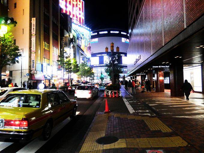 2階は西武新宿駅