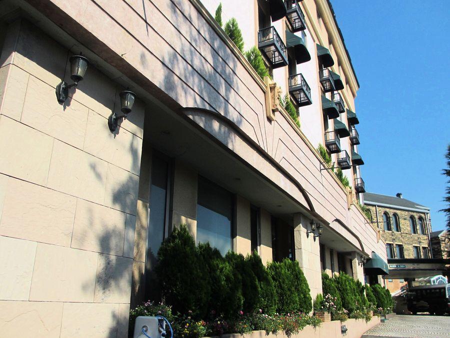 ウエディングホテルのクオリティ感じる「八王子ホテルニューグランド」