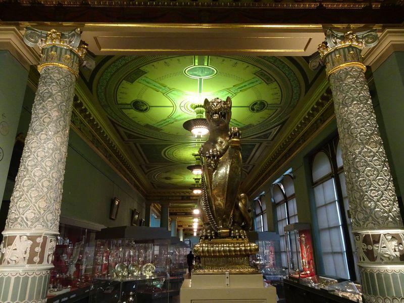 見どころいっぱいの英国「ヴィクトリア&アルバート博物館」をどう巡る?攻略法をご紹介!