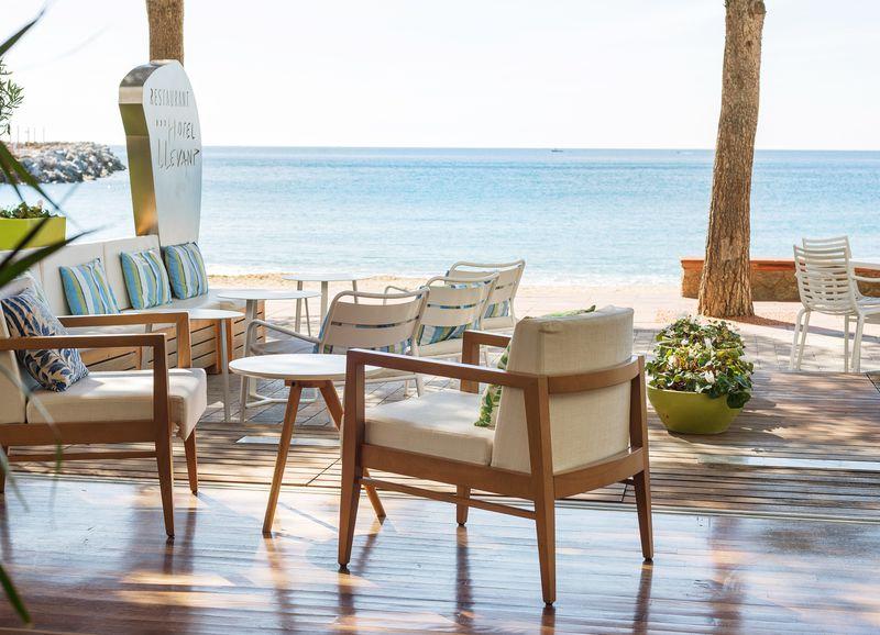 欧州No1の景色とグルメを堪能できるホテル!スペイン「リェバント」