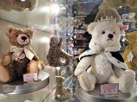 テディベアも手に入る!ロンドン・ハムリーズはおもちゃの百貨店