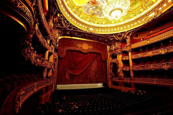 劇場内部の見どころ