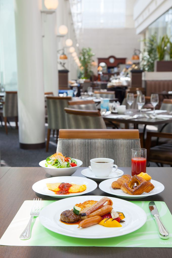朝食ブッフェを優雅に味わう♪星付きレストランにも注目