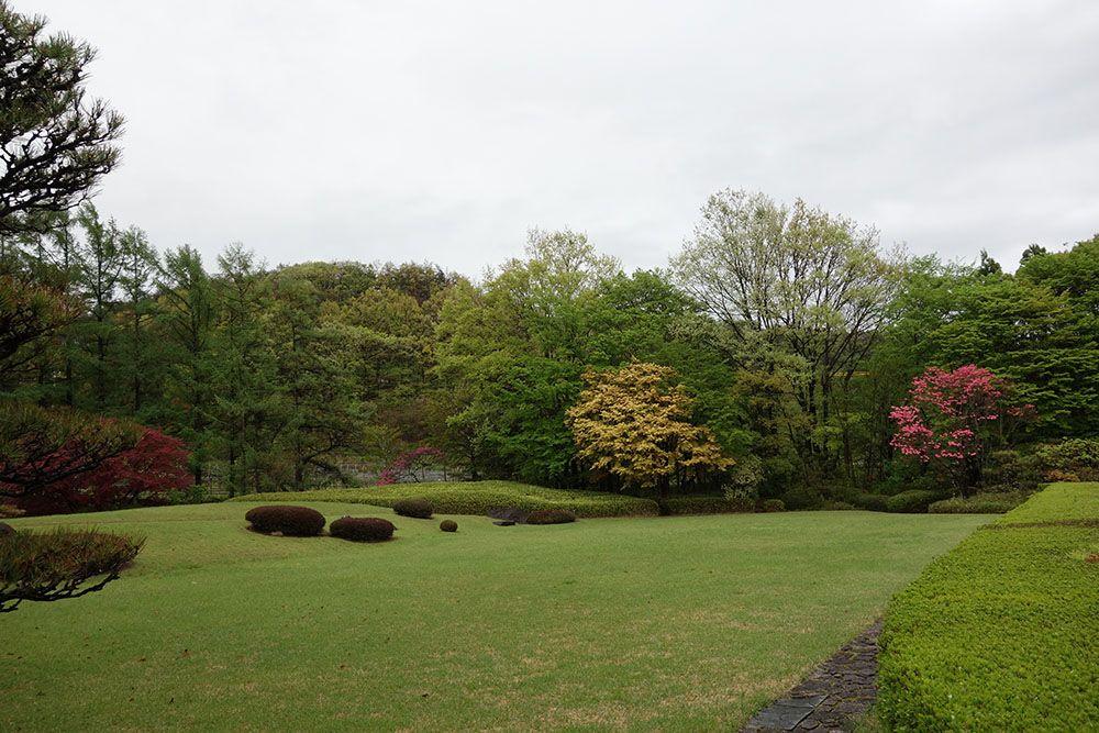 約三千坪の日本庭園「万酔園」は10年の歳月をかけて完成したこだわりの庭園