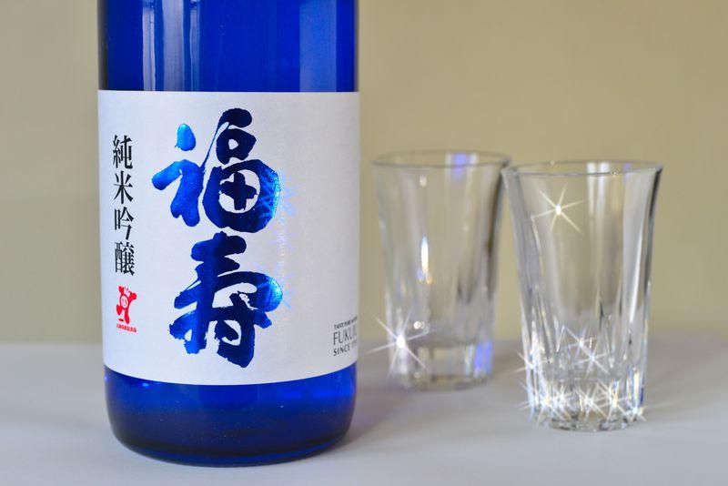 ノーベル賞晩餐会で世界も認めた美味しさ!神戸酒心館で味わう伝統製法の日本酒