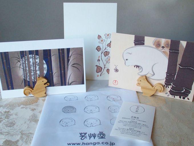 店内にあふれる「かわいい」の声。日本で唯一の木版画専門店