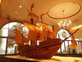 「日本へ舵をとれ!」神戸スイーツの原点を神戸凬月堂ミュージアムで|兵庫県|トラベルjp<たびねす>