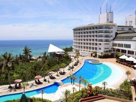 人気の西海岸に家族でステイ!光あふれる「沖縄かりゆしビーチリゾート・オーシャンスパ」|沖縄県|トラベルjp<たびねす>