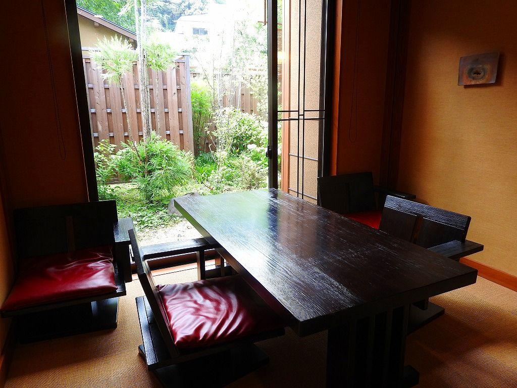 プライベート重視の「別邸やえ野」。個性的な4つの客室
