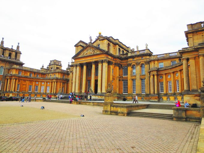 現代に続く公爵家が所有する豪華な宮殿