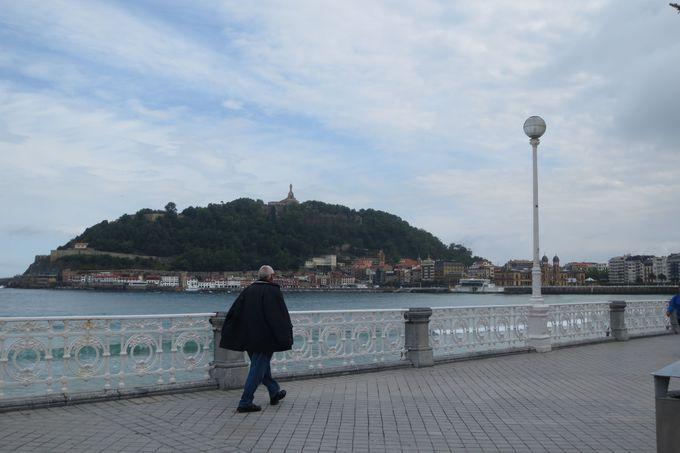 散策ルート(1):旧市街から往復1時間以内で、巨大キリスト像と史跡を訪ねる
